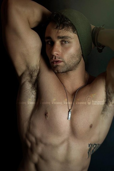 Your Hunk of the Day: Anthony Mainella