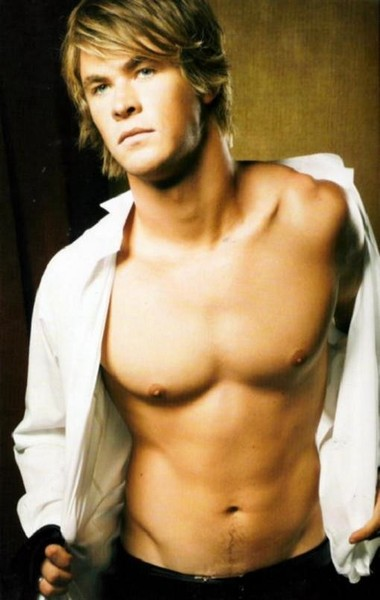 Your Hunk of the Day: Chris Hemsworth