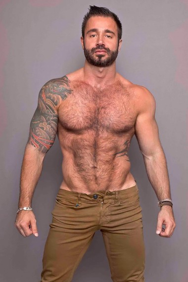 Your Hunk of the Day: Martin Mazza