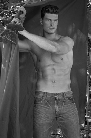 Your Hunk of the Day: Nathan Voronyak