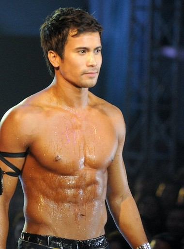 Your Hunk of the Day: Sam Milby