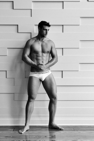 Your Hunk of the Day: Heath Hutchins