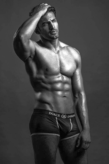 Your Hunk of the Day: Upen Patel